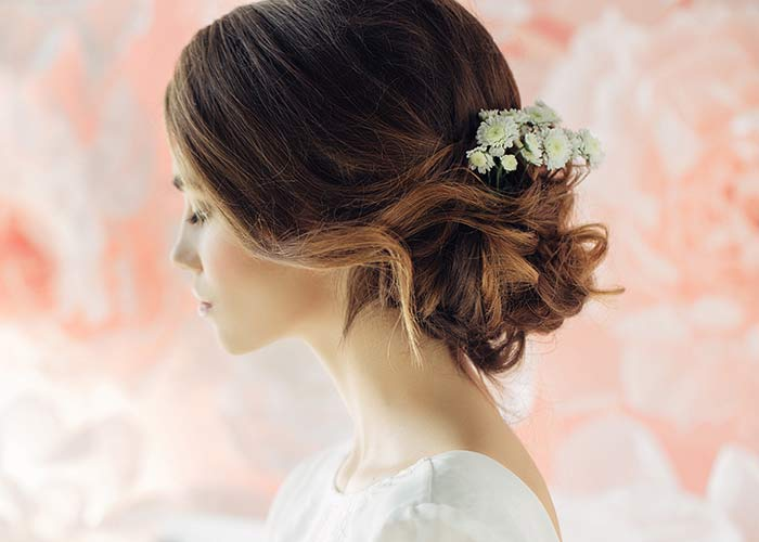 Tips To Hire The Best Wedding Hairstylist In Town